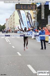 27 półmaraton philips - meta (8)
